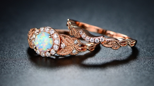 Opal Engagement Ring Guide: 14 From Affordable to Luxury